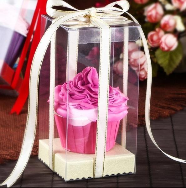 Прозрачная коробка для пирожных